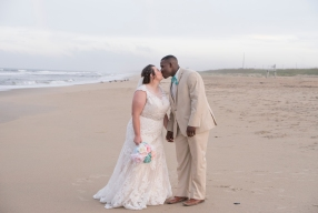 561Shifting-Sands-Beach-Club-Spa-and-Blush-Wedding-Virginia-Beach_1