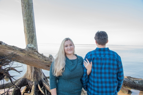 19Erin-and-Dylan-Noland-Trail-Newport-News-Engagement-Session