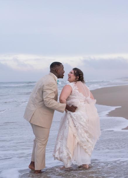 611Shifting-Sands-Beach-Club-Spa-and-Blush-Wedding-Virginia-Beach