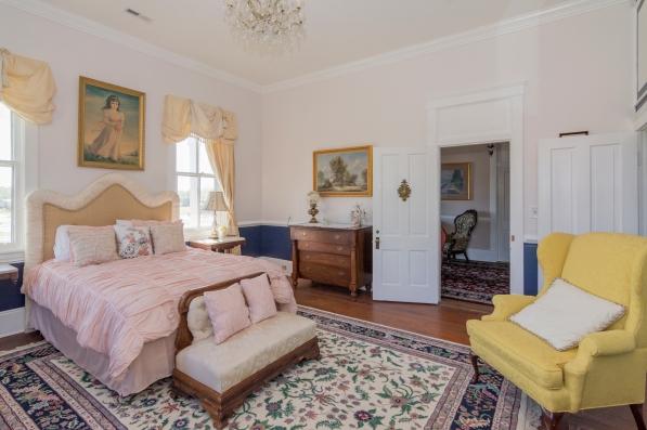 42Historic-Boxwood-Inn-Newport-News-Virginia