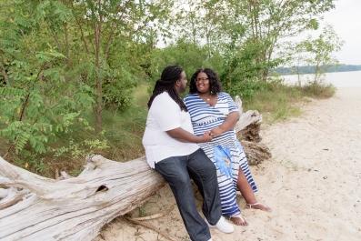 Maternity_Session_Yorktown_Beach_Yorktown_Virginia_Belle_Eve_Photography-127