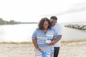 Maternity_Session_Yorktown_Beach_Yorktown_Virginia_Belle_Eve_Photography-30