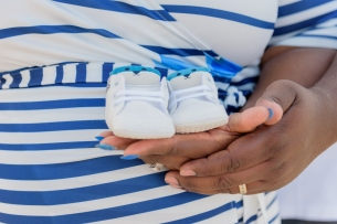 Maternity_Session_Yorktown_Beach_Yorktown_Virginia_Belle_Eve_Photography-31