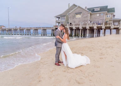 Teal_and_Grey_Wedding_Jennettes_Pier_Nags_Head_North_Carolina_Belle_Eve_Photography-175