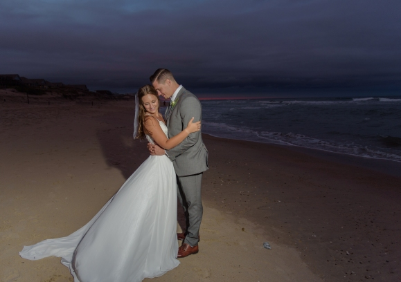 Teal_and_Grey_Wedding_Jennettes_Pier_Nags_Head_North_Carolina_Belle_Eve_Photography-18