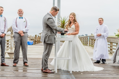 Teal_and_Grey_Wedding_Jennettes_Pier_Nags_Head_North_Carolina_Belle_Eve_Photography-313