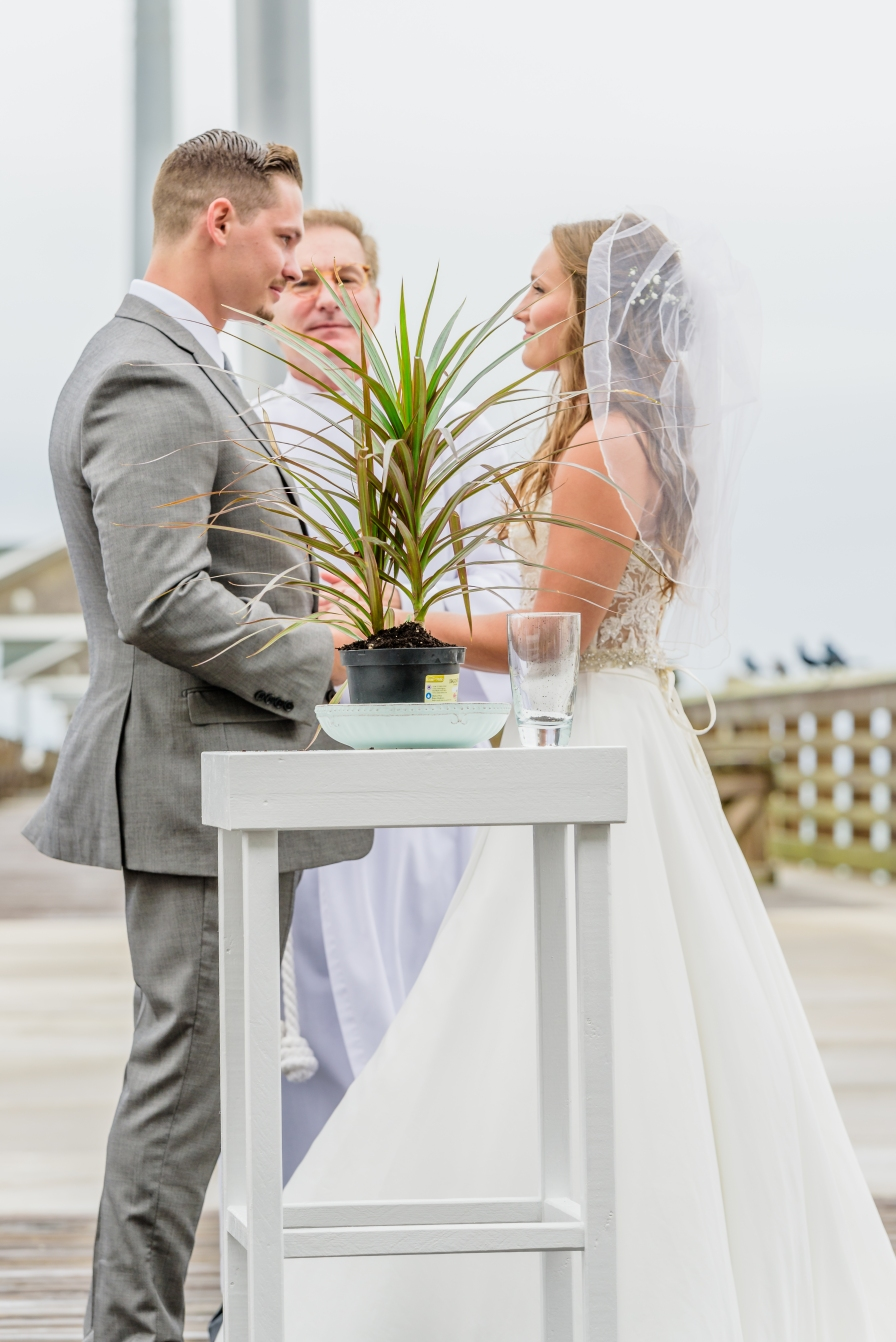 Teal_and_Grey_Wedding_Jennettes_Pier_Nags_Head_North_Carolina_Belle_Eve_Photography-320