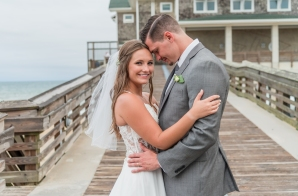 Teal_and_Grey_Wedding_Jennettes_Pier_Nags_Head_North_Carolina_Belle_Eve_Photography-51