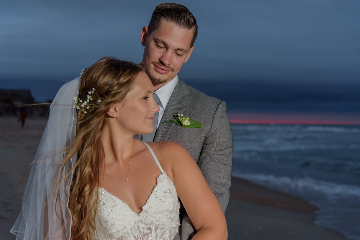 Teal_and_Grey_Wedding_Jennettes_Pier_Nags_Head_North_Carolina_Belle_Eve_Photography-8