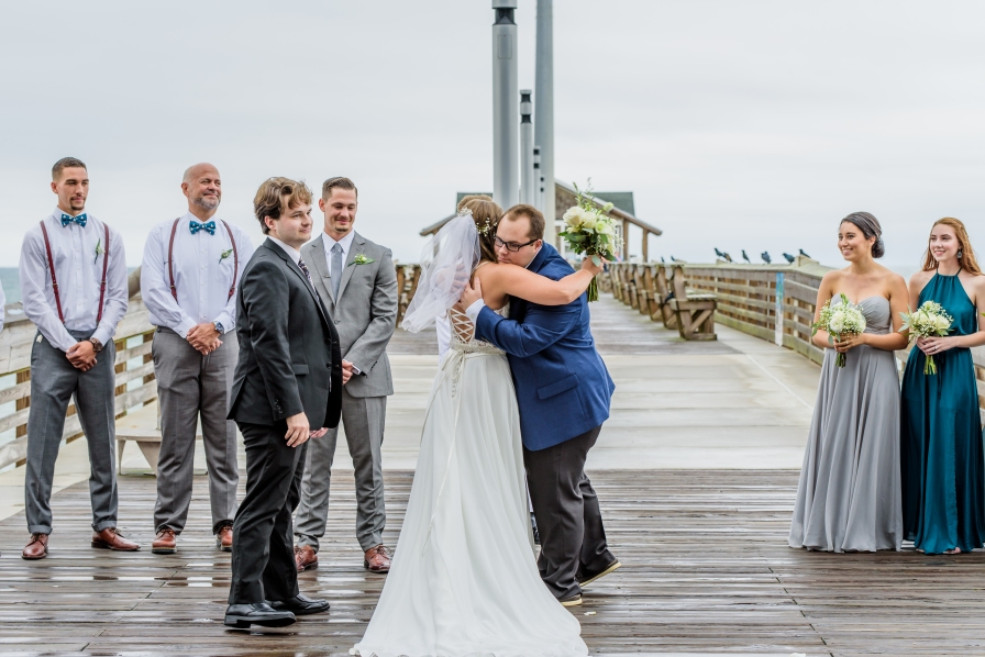 teal-and-gray-wedding-jennettes-pier-nags-head-north-carolina-455